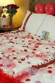 Romantic Valentine's Bedroom Decorating Ideas