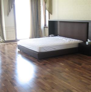 Wooden flooring for bedroom