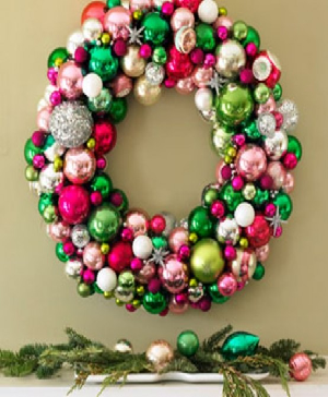 Metallic wreaths for christmas decoration