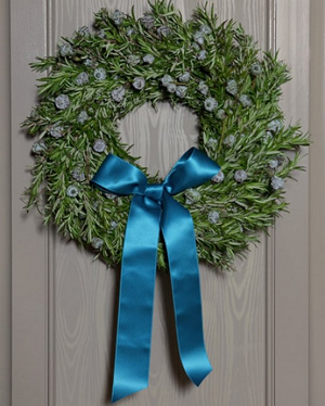 traditional christmas wreaths for decor