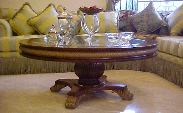 Living Room Round Coffee Table Design